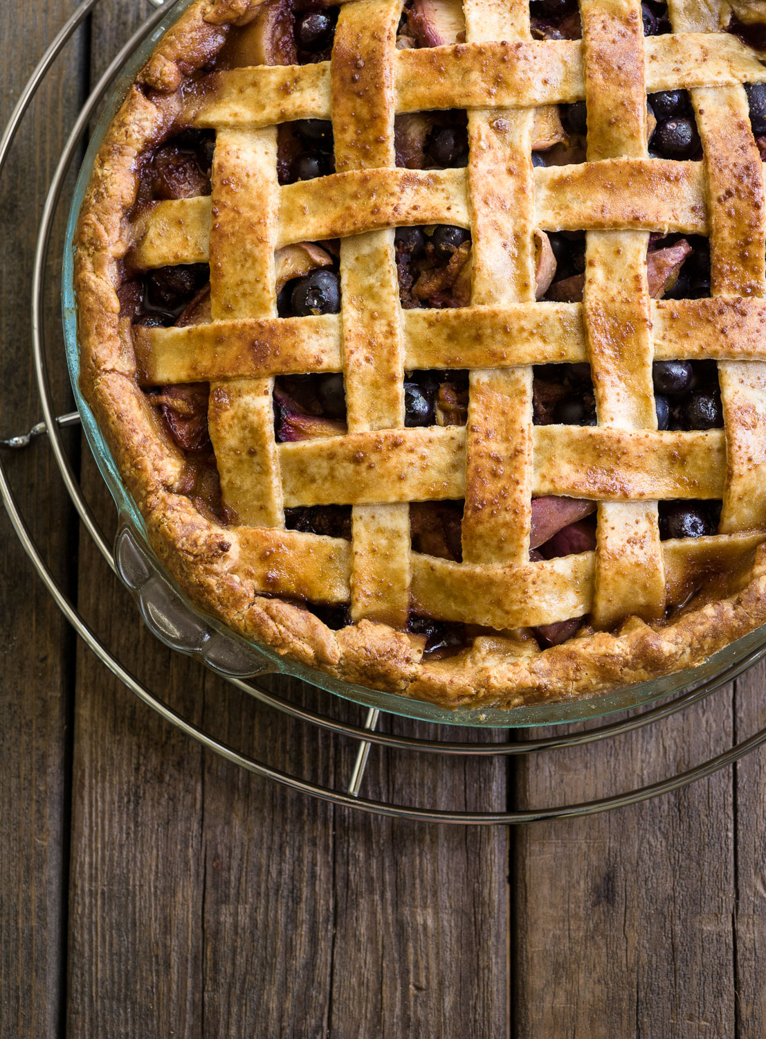 Gluten-Free Blueberry-Nectarine Pie | Minimally Invasive